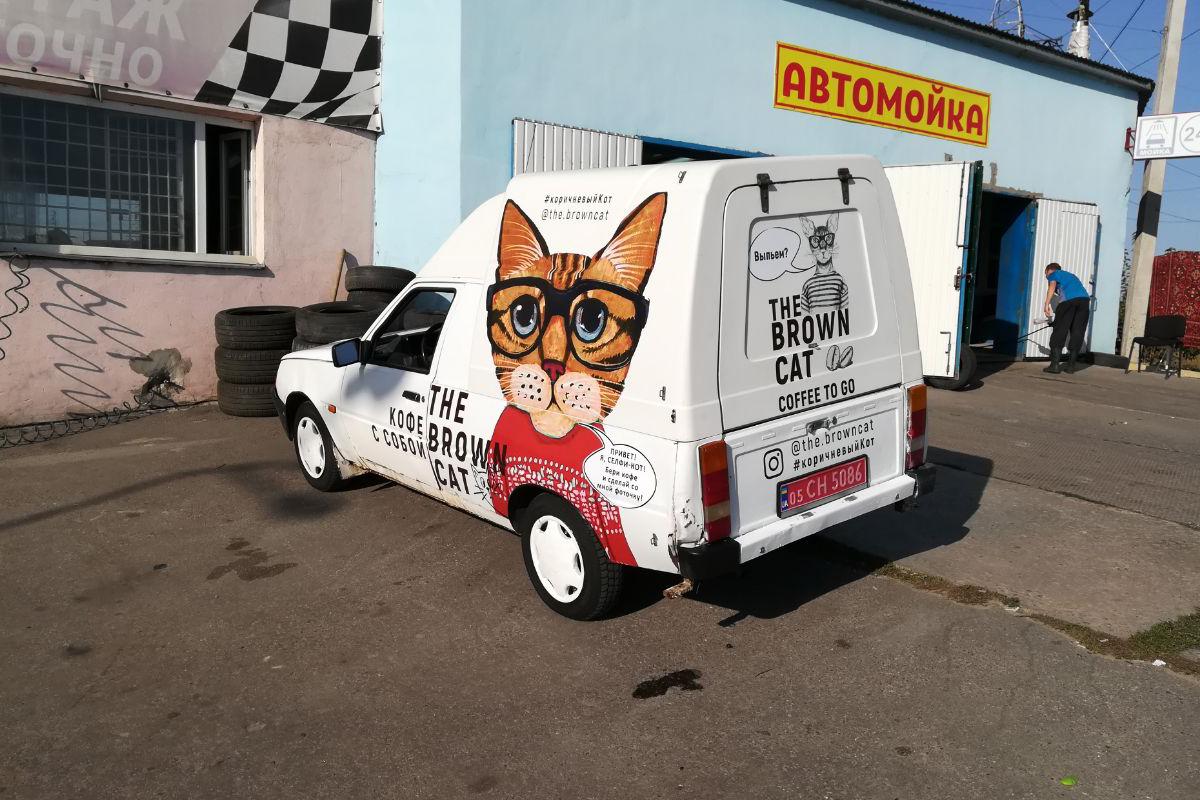 Обклеювання авто рекламою