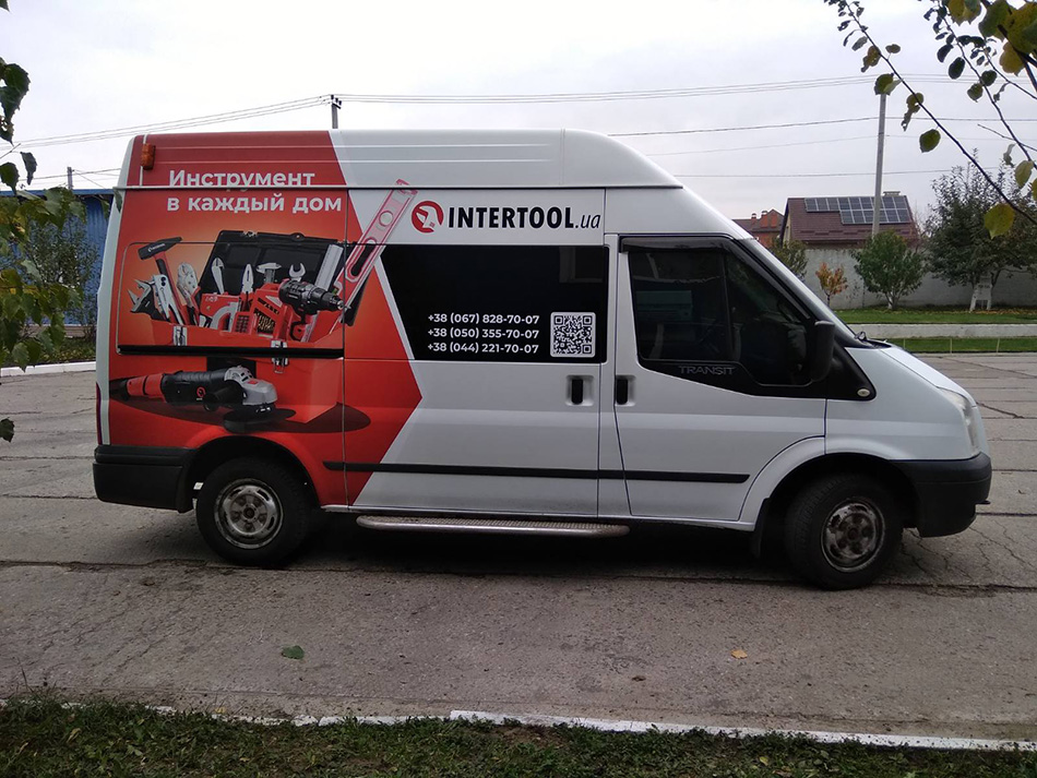 Реклама на грузовому авто